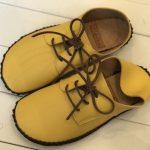 外履きひも靴・黄色