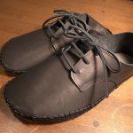 手縫いの部屋靴 黒