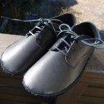 外履きひも靴・黒