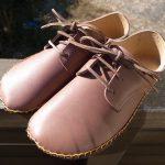 外履きひも靴・茶色