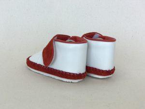 太いストラップ子ども靴 赤 後ろから