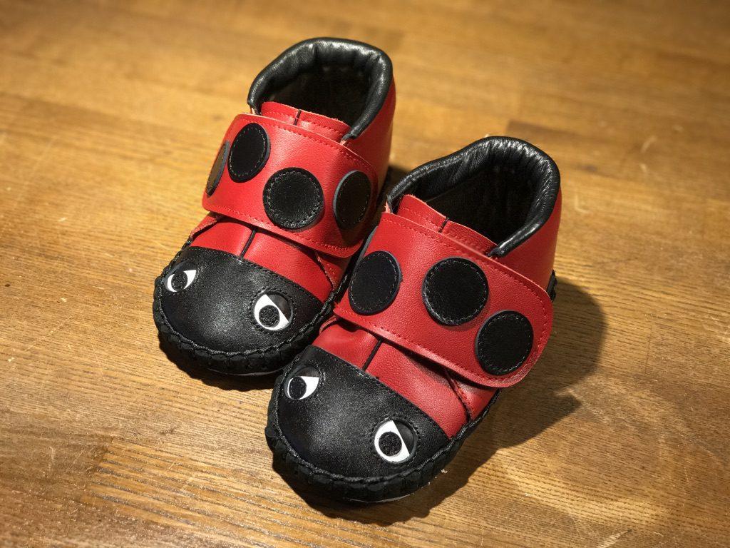◆ てんとう虫の子ども靴 ◆ ¥9,000