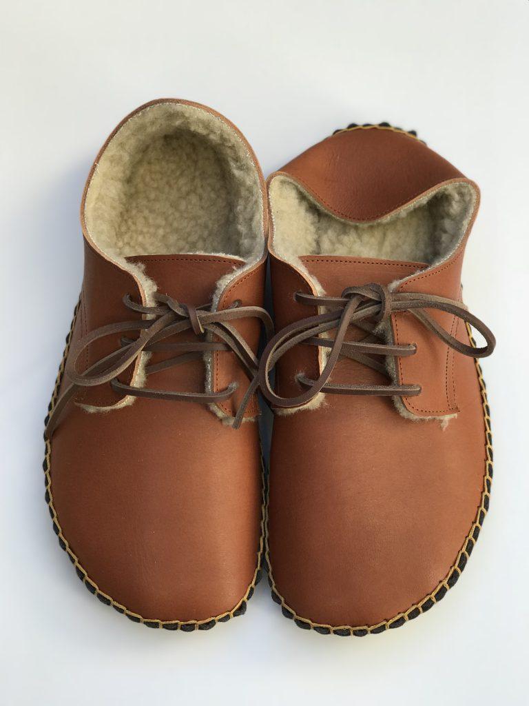 ◆ あたたか手縫いの外履き靴 ◆くるみ色×ボアベージュ