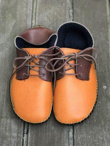 ◆ あたたか手縫いの外履き靴 ◆キャメル×こげ茶