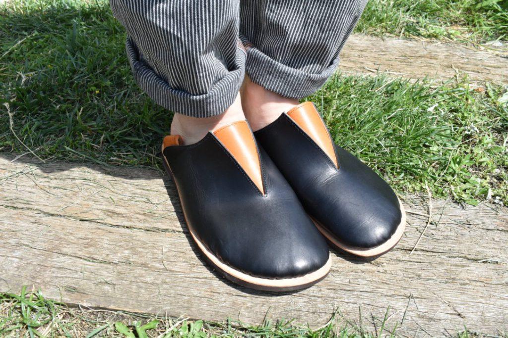 └ ふくろ縫いのさんかく外履き靴