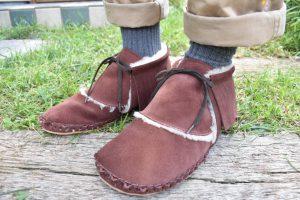 あたたかボアのフリンジ靴 茶色