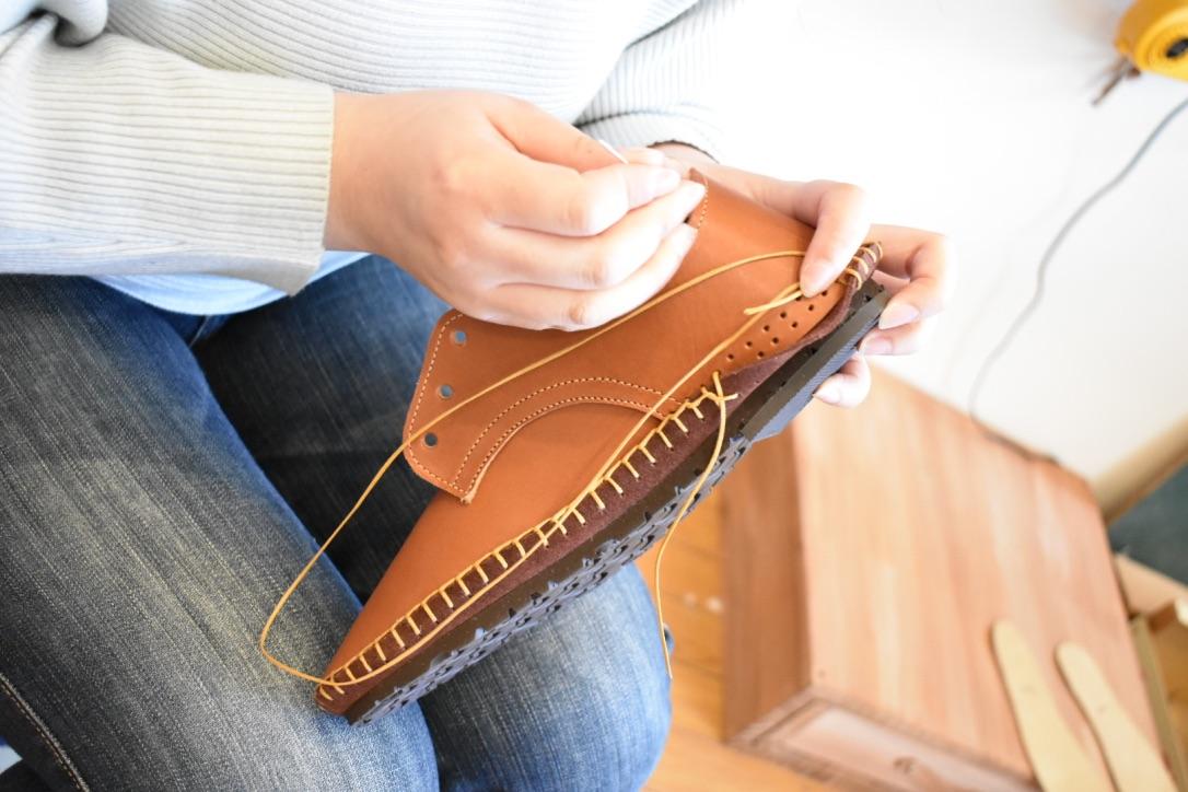1日で完成!靴作りワークショップ開催中です。のイメージ