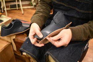暖かボアのふくろ縫いひも靴